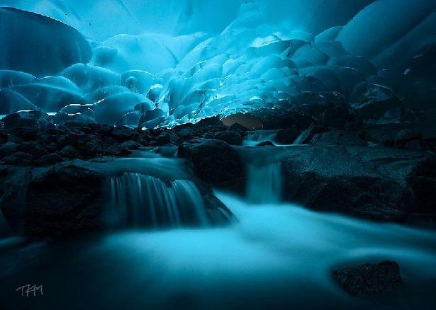 Cavernas de Gelo - Mendenhall Ice Caves, Alaska
