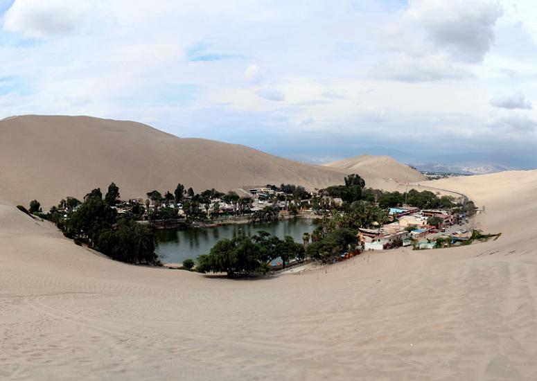 Huacachina: Um oásis no deserto do Peru
