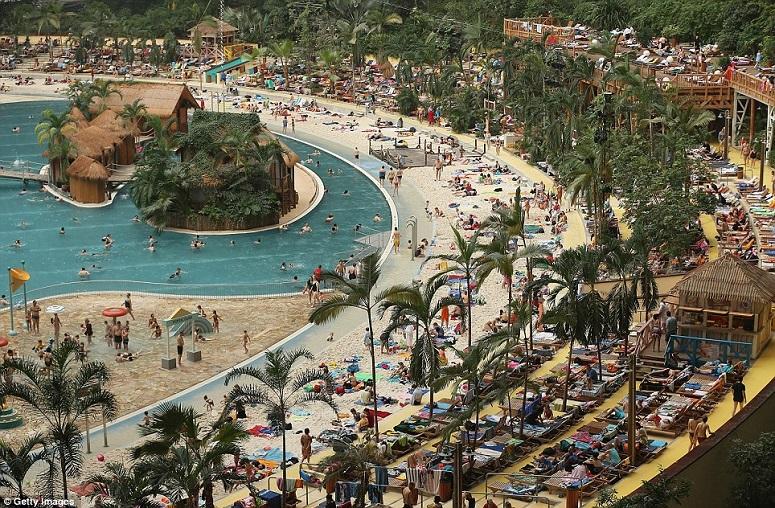 É impossível não se surpreender com este resort. Não depois de ver estas 2 últimas fotos…