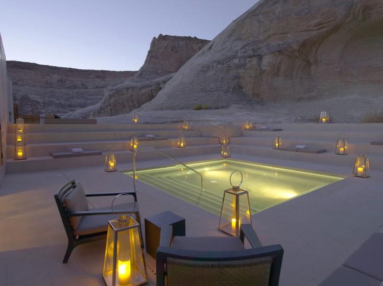 Eu nunca vi um hotel com uma paisagem como esta… É arrepiante e fascinante ao mesmo tempo!