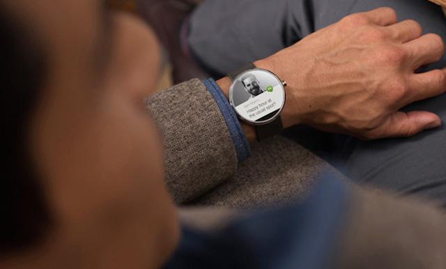 Eu aposto que você vai querer este relógio da Google depois de ver o que ele faz. Mas, shhh! É segredo!
