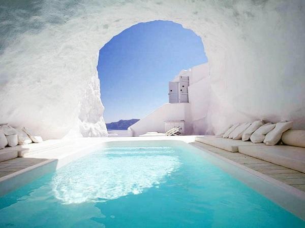 As 10 piscinas mais maravilhosas do mundo. As 2 da Grécia são de cair o queixo!