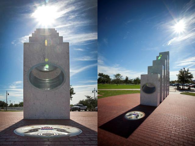 Uma Vez Por Ano Às 11:11 Horas O Sol Brilha Perfeitamente Neste Memorial
