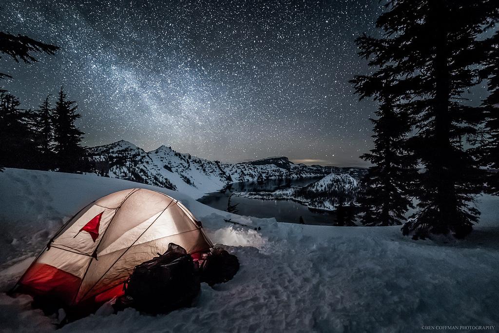 Um Homem Foi Atrás Das Noites Mais Belas Do Mundo. O Resultado Foi Várias Fotos E Muitas, Muitas Estrelas.