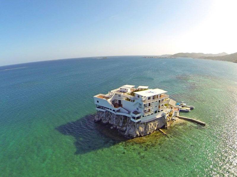 Este Paraíso Dos Mergulhadores Foi Construído Sobre Uma Rocha. As Fotos São Encantadoras!