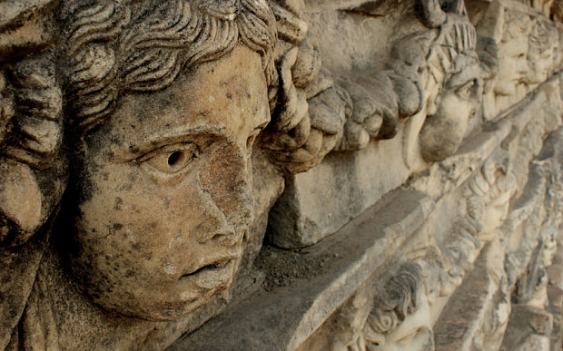 10-sítios-arqueológicos-para-conhecer-2