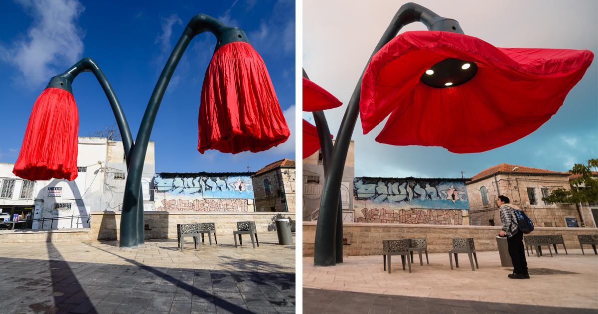 Estas Flores Gigantescas Foram Colocadas Numa Praça Em Jerusalém. Isso É Brilhante!