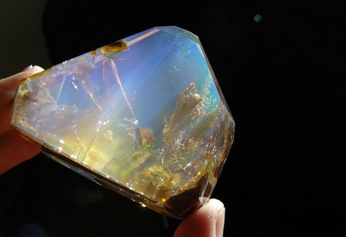 25-minerais-e-pedras-espetaculares-3
