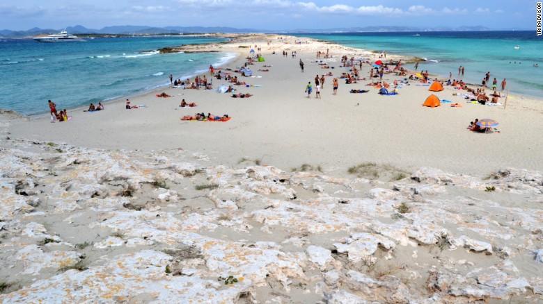 25-melhores-praias-do-mundo-de-2016-segundo-tripadvisor-7