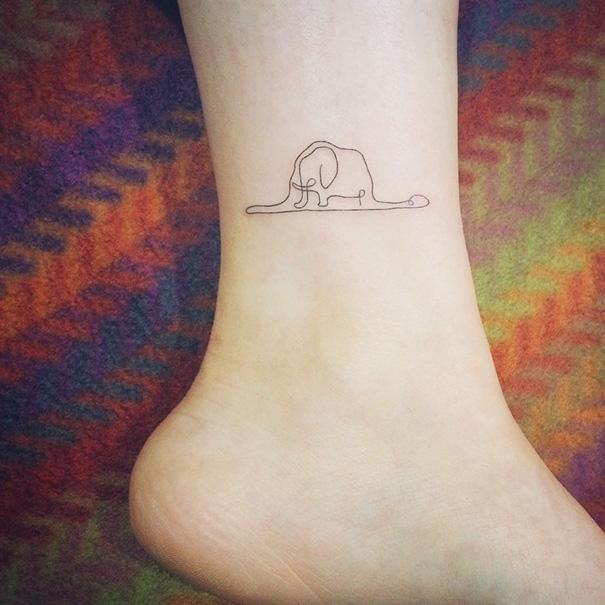 ideias-para-tatuagem-pequena-no-pe-10