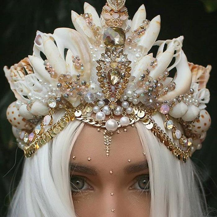 Coroas de sereia com conchas de verdade est o fazendo o maior sucesso na internet - Decoration interieure man of cloth ...