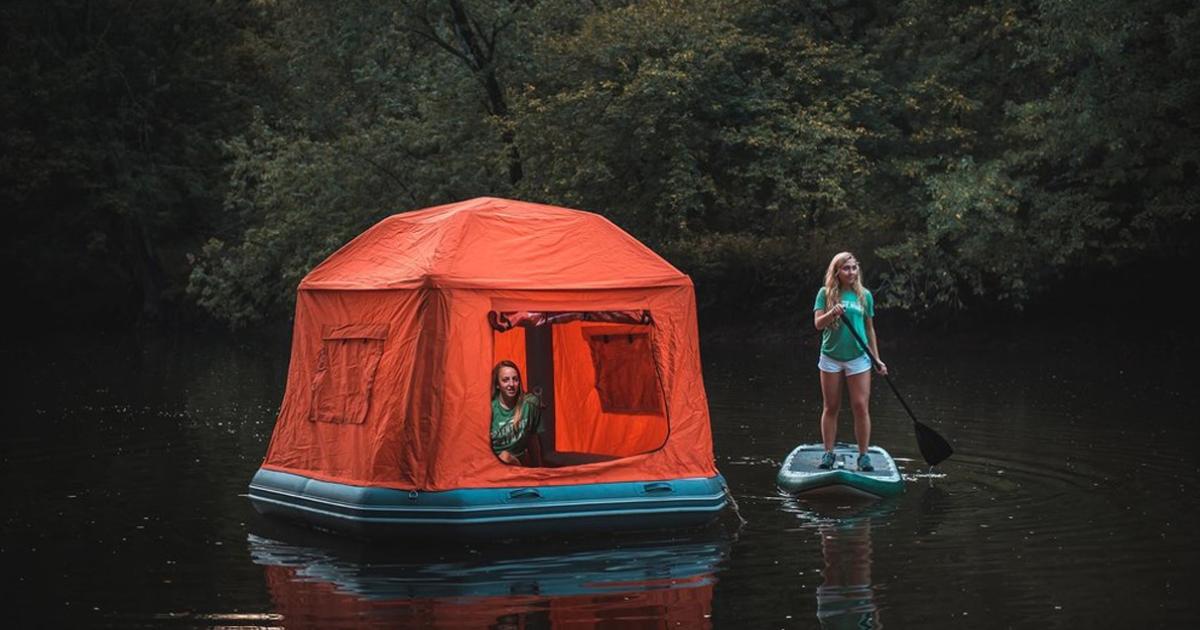 Esta tenda flutuante é o sonho de todo campista