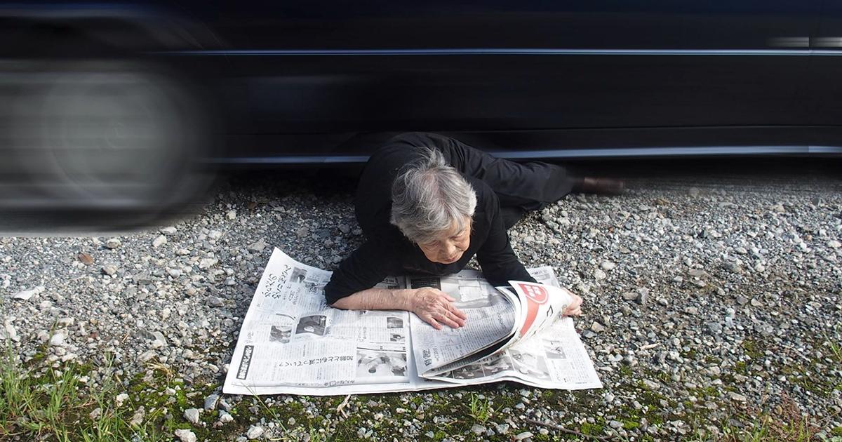 Desde que esta avó japonesa de 90 anos descobriu a fotografia, ela não consegue parar de tirar autorretratos hilários
