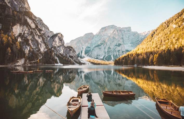 10 fotos de paisagem simétricas com reflexo na água