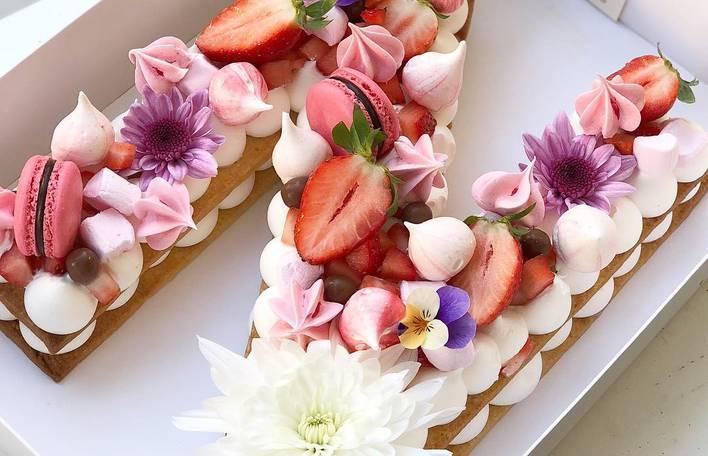 Os bolos de aniversário mais lindos desta jovem confeiteira