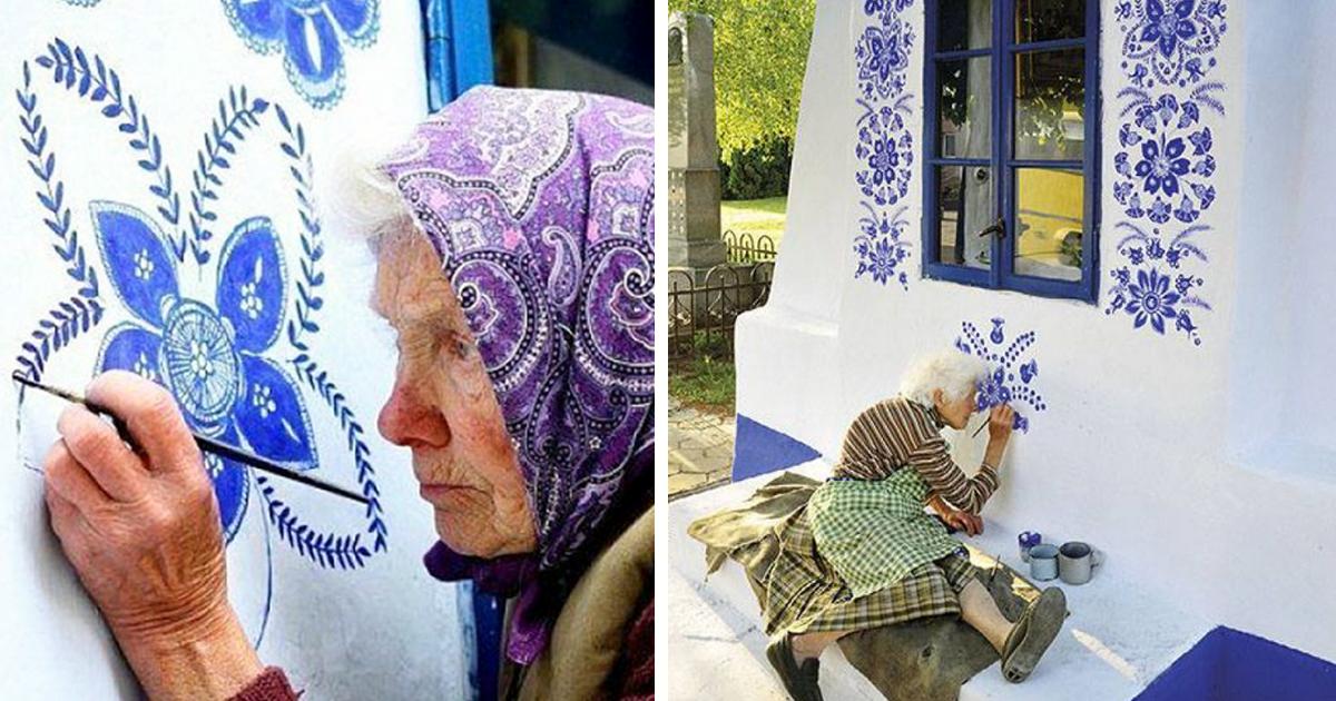 Esta vovó tcheca de 90 anos transformou este pequeno vilarejo em sua galeria de arte pintando flores à mão nas casas