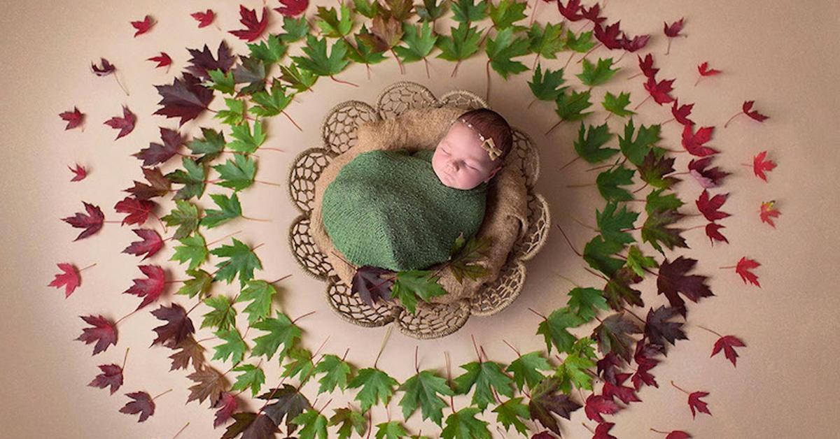 Fotos encantadoras de recém-nascidos no centro de mandalas artesanais