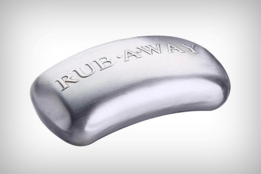 Com vocês, Rub-Away, o sabonete eterno!Isso mesmo, eterno.