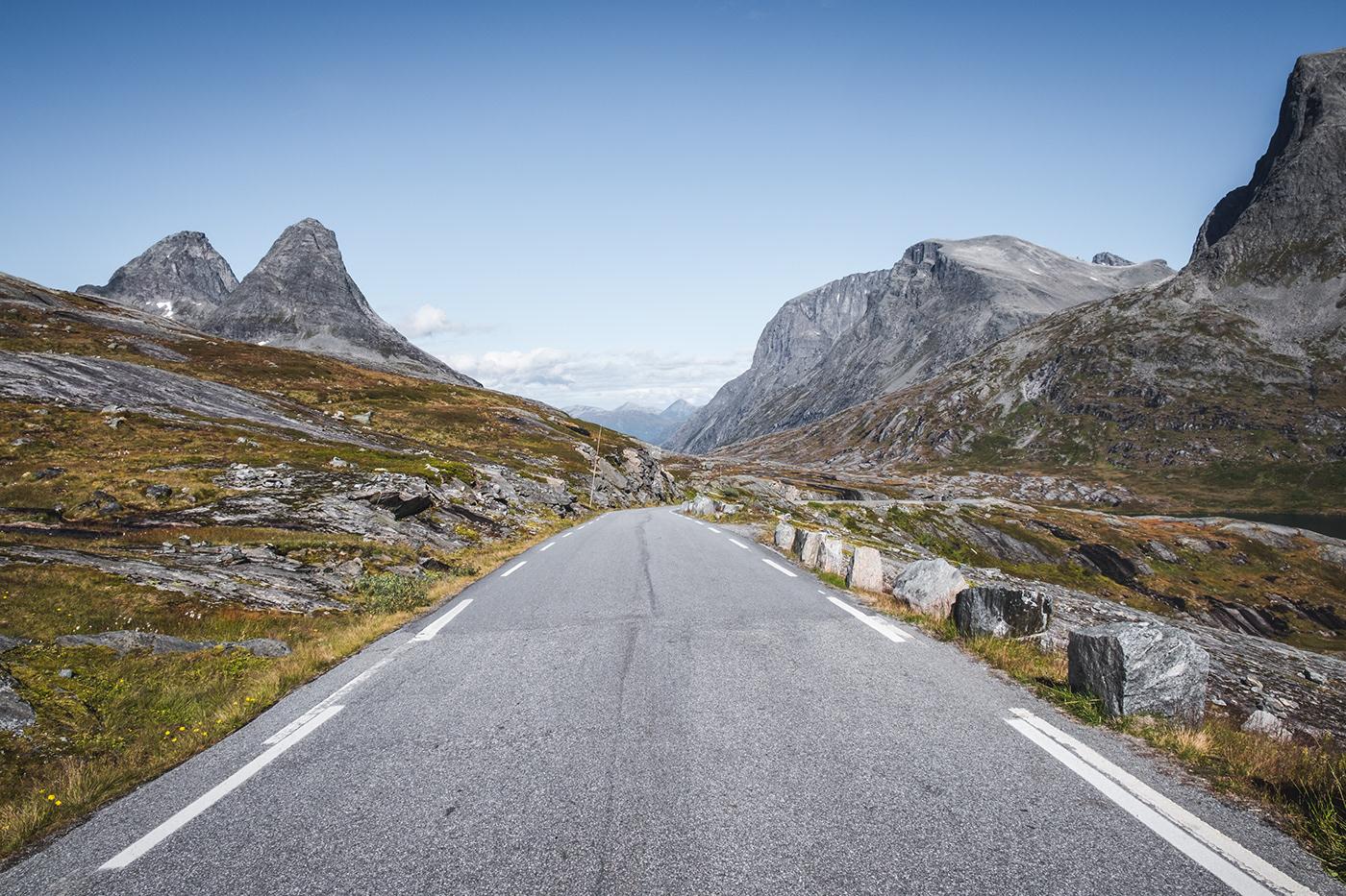 18 fotografias inspiradoras de uma viagem de carro pela Noruega