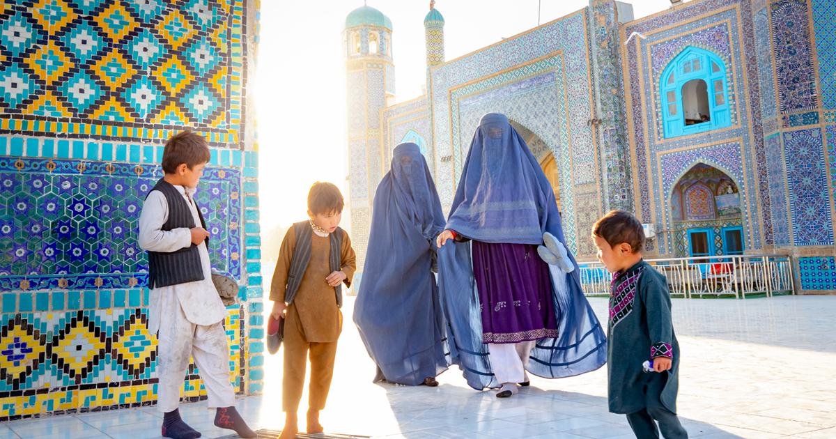 Fotógrafo viaja para o Afeganistão para capturar sua cultura e derrubar os preconceitos