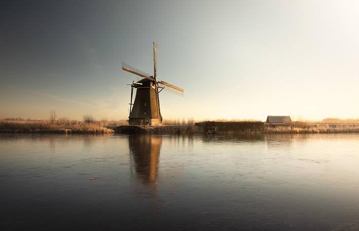 Fotógrafa holandesa captura a sensação de silêncio nas paisagens únicas da sua terra natal