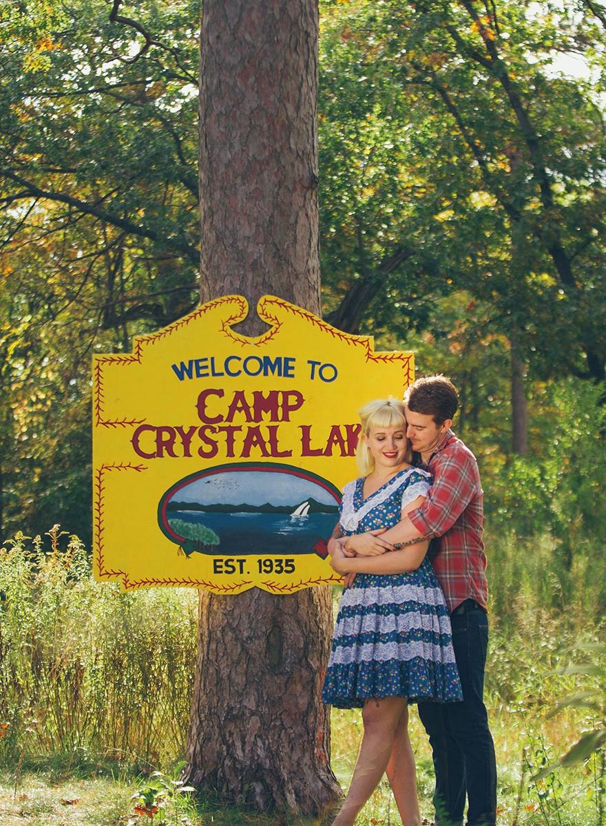Este casal fez o ensaio de casamento mais horripilante de todos inspirado no filme Sexta-Feira 13