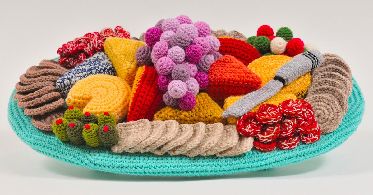 Crochês que evocam a domesticidade de meados do século