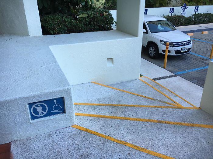 40 falhas de design de escadas épicas que podem resultar em algumas lesões graves