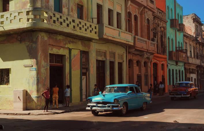 Série nos leva a um passeio de carro no coração de Havana em Cuba