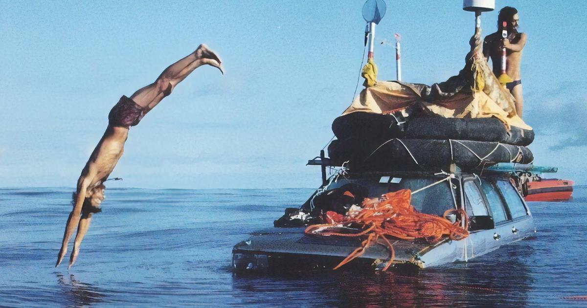 Em 1999, dois italianos conseguiram atravessar o Atlântico em carros flutuantes