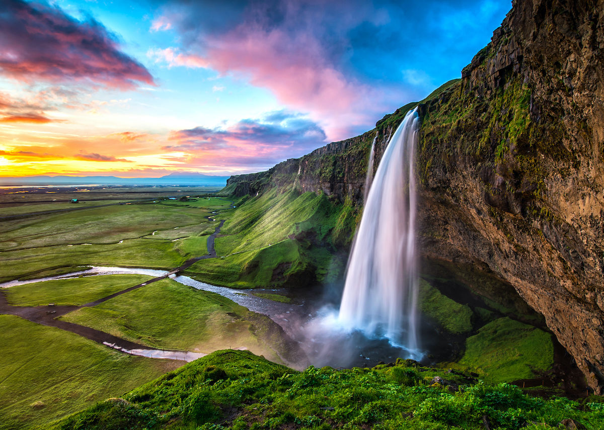 Bem-vindo as 20 cachoeiras mais bonitas do mundo. A #2 é no Brasil!