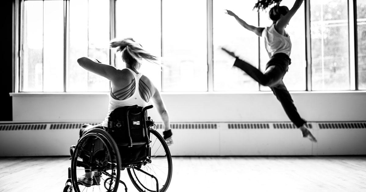 40 fotos de artistas que mostram que deficiência não é nada quando o assunto é arte