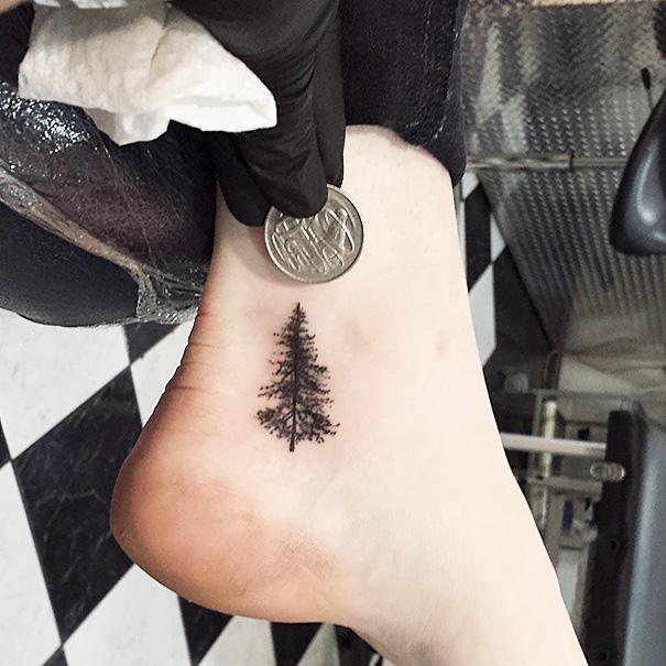 ideias-para-tatuagem-pequena-no-pe-12