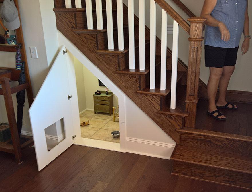 quarto-para-cao-sob-escadas-1